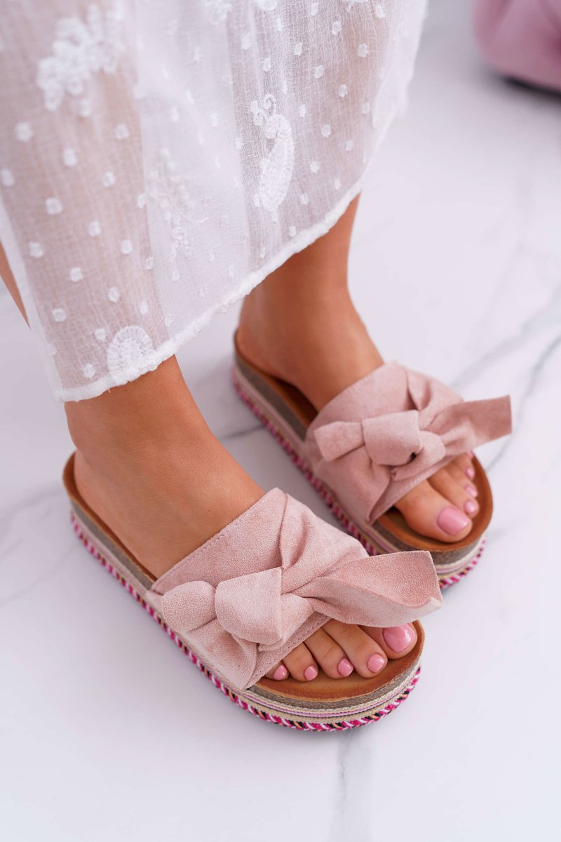6180acf44f71 ... Classic Women s Slides With a Bow On The Platform Pink Chantal ...