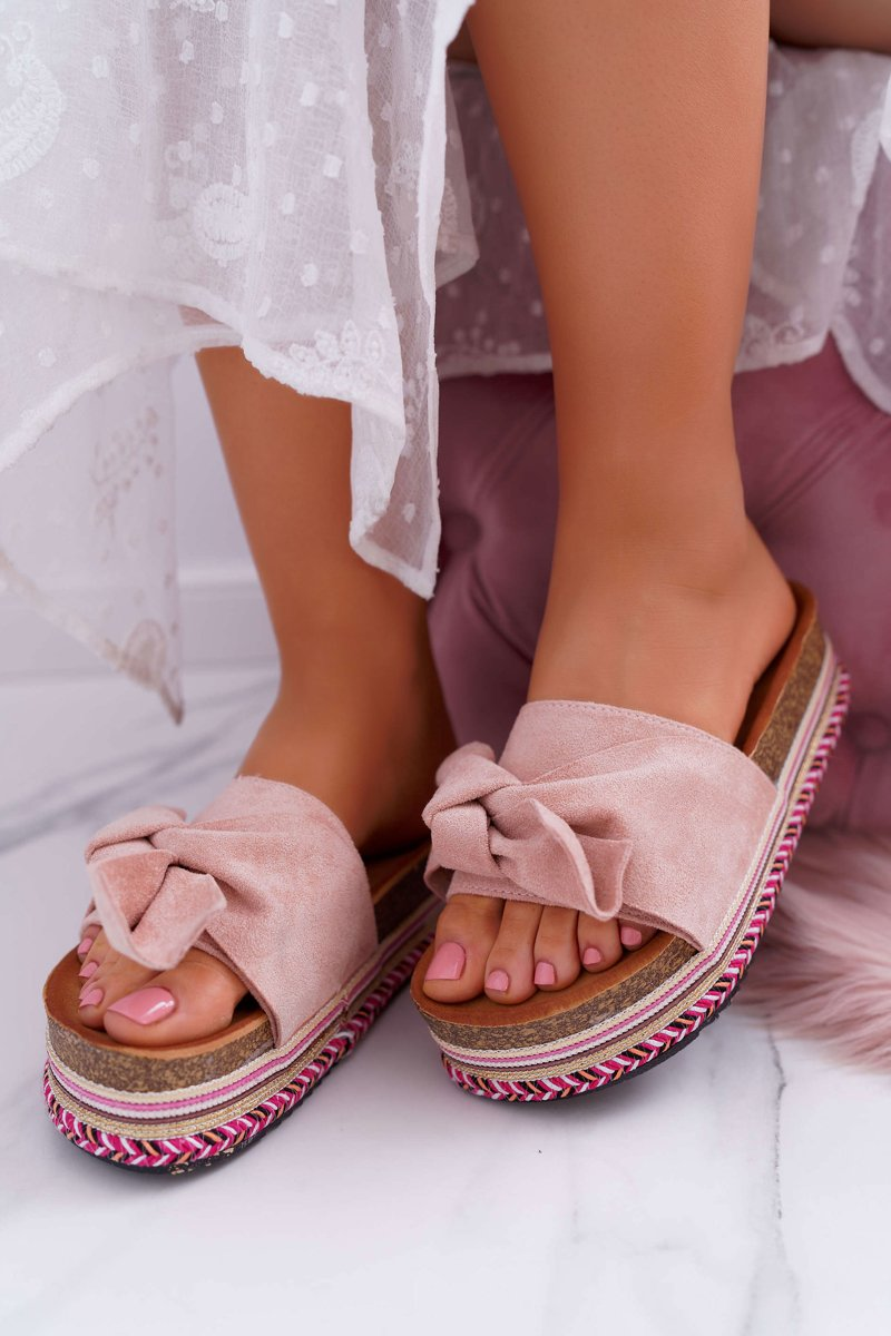 a9e0786f88be Classic Women s Slides With a Bow On The Platform Pink Chantal ...