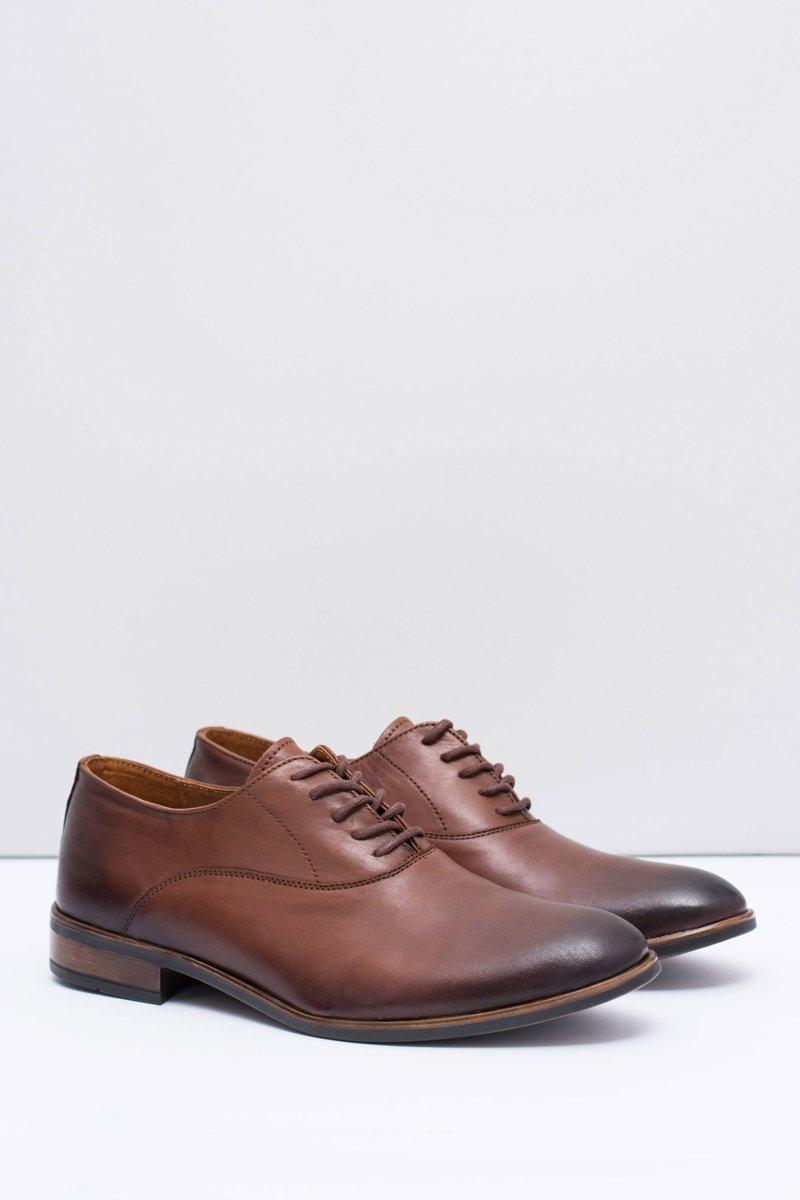 Men s Brogues Bednarek Elegant Leather Shoes Brown Clark  395b49fc4