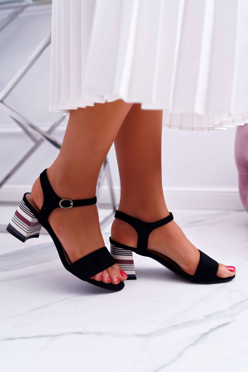 Women's Sandals On High Colored Heel Black Niente