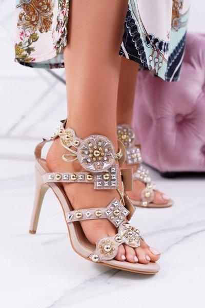 f42e857127aee0 SUMMER SALE | Tanie i modne buty online w Butosklep.pl #10